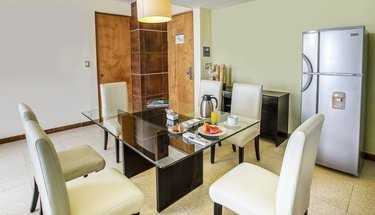 Comedor habitación Hotel Krystal Urban Cancún Cancún